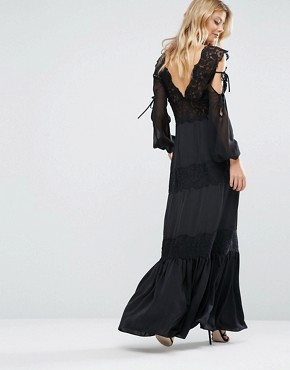 photo Ronnie Dress with Lace Detailing by Majorelle, color Black - Image 2