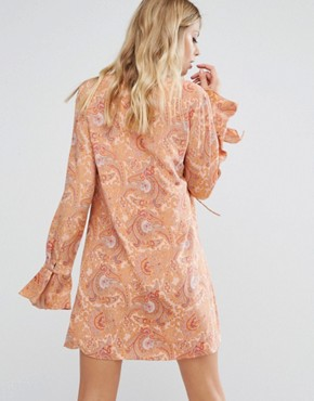 photo Roundup Smock Dress by Majorelle, color Paisley - Image 2