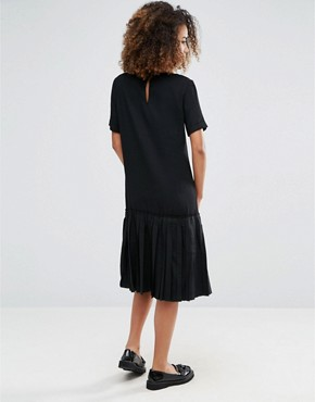 photo Basic Dropped Hem Dress by YMC, color Black - Image 2
