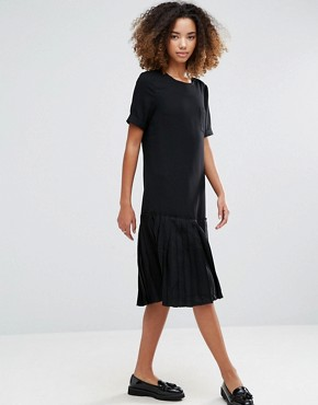 photo Basic Dropped Hem Dress by YMC, color Black - Image 1