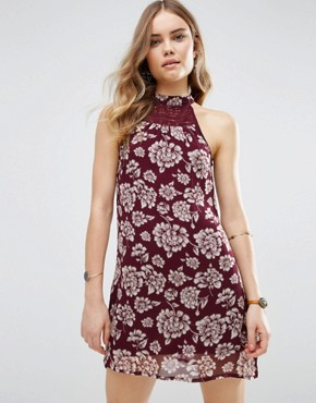 photo Vintage Style Floral Shift Dress by Band of Gypsies, color Burgundy/Ivory - Image 1