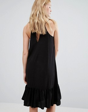 photo Vea Dropped Waist Cami Dress by Gestuz, color Black - Image 2