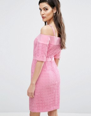 photo Lace Cold Shoulder Midi Dress by The 8th Sign, color Pink - Image 2