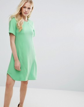 photo Seam Detail Tunic Dress by Closet London, color Green - Image 1