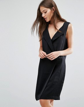 photo Lina Tailored Dress with V-neck by Selected Femme, color Black - Image 1