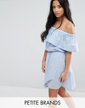 photo Ruffle Off The Shoulder Dress by Vero Moda Petite, color Blue - Image 1