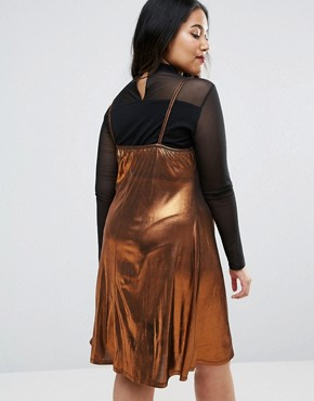 photo Metallic Slip Dress with Lace Detail by Pink Clove, color Bronze - Image 2