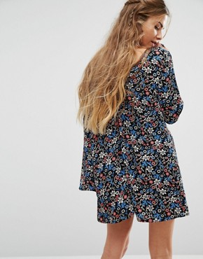 photo Long Sleeve Button Front Tea Dress In Vintage Floral by Glamorous, color  - Image 2