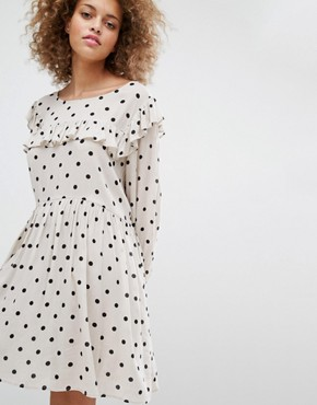 photo Smock Dress with Polka Dot Print by STYLENANDA, color Cream - Image 1