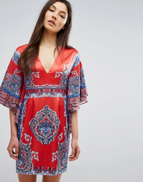 photo Printed Kimono Dress with Plunge Front by Comino Couture, color Red/Blue - Image 1
