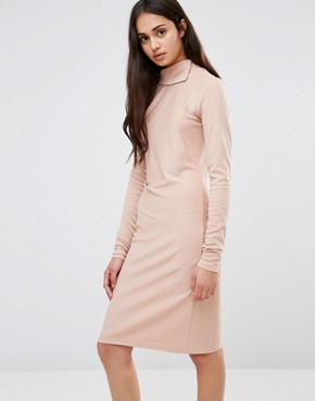photo Twist Knit Dress with Gathered Side by Re:Dream, color Pale Pink - Image 1