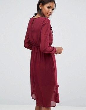 photo Ruffle Front Dress by Vero Moda Tall, color Burgundy - Image 2