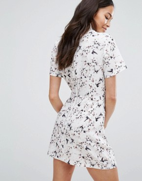 photo Floral Print High Neck Dress by Girls on Film, color  - Image 2