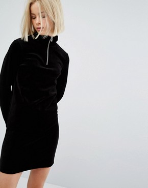 photo Velvet Long Sleeve Dress with Zip Detail by Moss Copenhagen, color Black - Image 1
