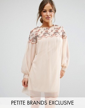 photo Floral Embroidered Mini Shift Dress by Little Mistress Petite, color Cream - Image 1