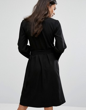 photo Wrap Around Dress by House of Sunny, color Black - Image 2