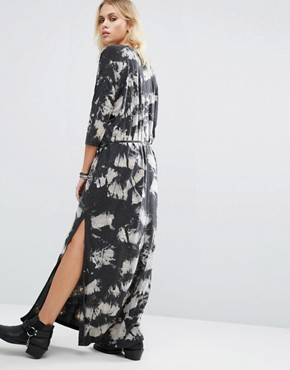 photo Maxi Tunic Dress In Print With Side Splits by Religion, color Dark Grey - Image 2