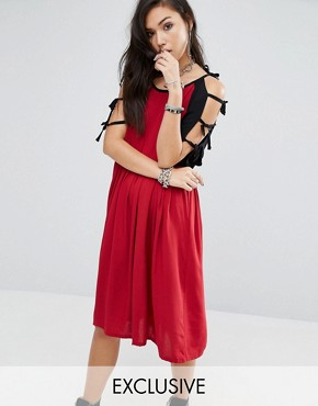 photo Vintage Contrast Dress With Arm Ties by Milk It, color Red - Image 1