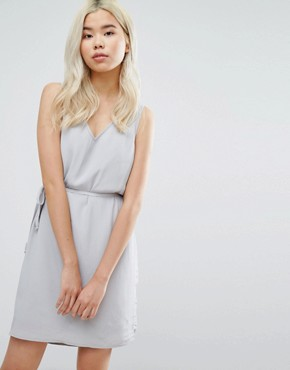 photo Belted Drawstring Dress by Vila, color Cream - Image 1