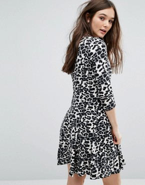 photo Animal Print Dress by QED London, color Grey - Image 2