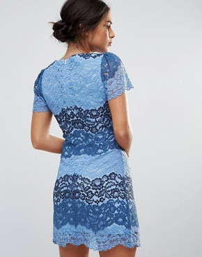 photo Short Sleeve Lace Dress In Colourblock by Amy Lynn, color Blue - Image 2