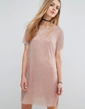 photo Metallic Plisse T-Shirt Dress by Pull&Bear, color Rose Gold - Image 1