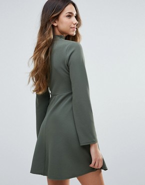 photo Skater Dress With Choker Neckline And Waist Belt by Daisy Street, color Khaki - Image 2