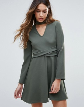photo Skater Dress With Choker Neckline And Waist Belt by Daisy Street, color Khaki - Image 1
