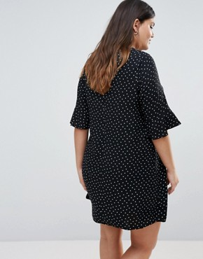 photo Heart Print Tunic Dress by New Look Plus, color Black - Image 2