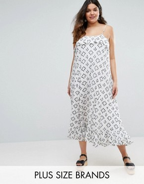 photo Maxi Dress with Overlay Top by Diya Plus, color White - Image 1