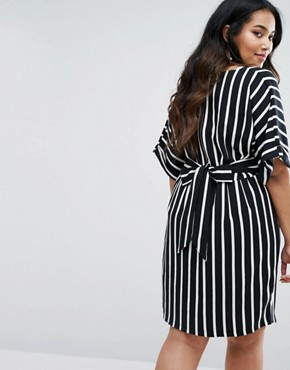 photo Striped Kimono Sleeve Midi Dress with Tie Back Detail and Split Front by Closet London Plus, color  - Image 2