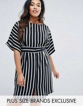photo Striped Kimono Sleeve Midi Dress with Tie Back Detail and Split Front by Closet London Plus, color  - Image 1