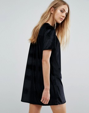 photo Velvet Embroidered Smock Dress by Pull&Bear, color Black - Image 2