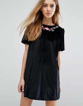 photo Velvet Embroidered Smock Dress by Pull&Bear, color Black - Image 1