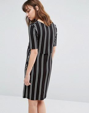 photo Double Layered Nursing Dress by New Look Maternity, color Black Patt - Image 2