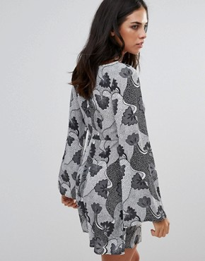 photo Monochrome Print Smock Dress by Love, color  - Image 2