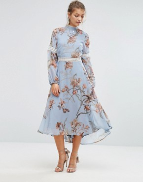 photo Printed Open Back Midi Dress with Lace Inserts by Hope & Ivy, color Blue/Multi Print - Image 2
