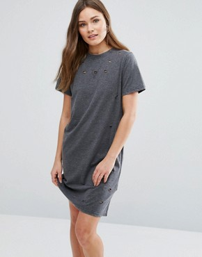 photo Nibbled T-Shirt Dress by New Look, color Mid Grey - Image 1