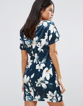 photo Floral Shift Dress with Mesh Panels by Girls on Film, color  - Image 2