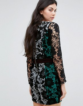 photo Colourblock Long Sleeve Lace Dress by Endless Rose, color Black - Image 2