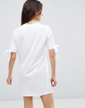 photo T-Shirt Dress with Bow Sleeve by ASOS, color White - Image 2