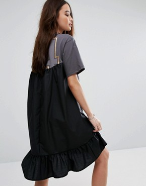 photo Frills Logo Print T-Shirt Dress by Pull&Bear, color Black - Image 2