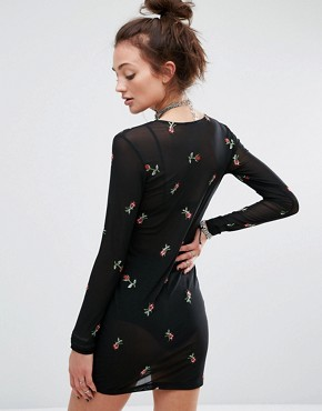 photo Mesh Dress with Floral Embroidery by Motel, color Black - Image 2