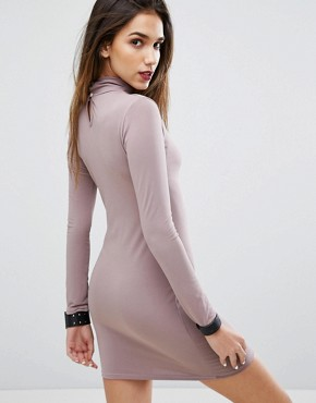 photo Bodycon Dress with Choker Detail by Motel, color Lilac - Image 2