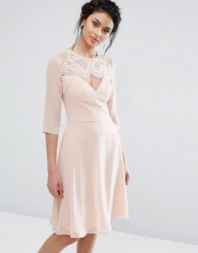 photo Lace Sweetheart Midi Dress with 3/4 Sleeve by Elise Ryan, color Nude - Image 1