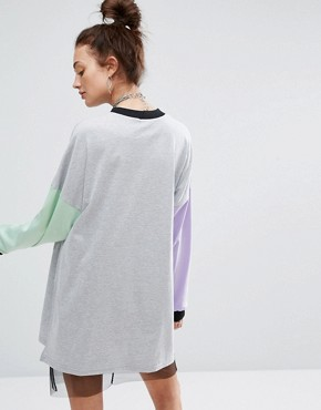 photo T-Shirt Dress with Raglan Sleeve by The Ragged Priest, color Grey - Image 2