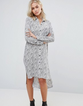 photo Printed Shirt Dress by QED London, color White Black - Image 1