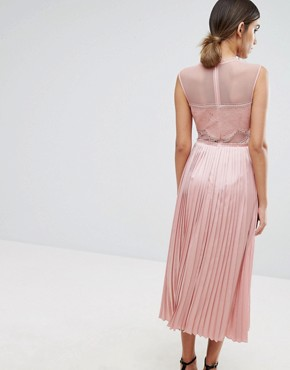 photo Lace Detail Midi Dress with Plated Skirt and Thigh Split by Three Floor, color Pink - Image 2