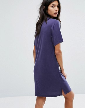 photo Polo V Neck Dress by Current Air, color Navy - Image 2