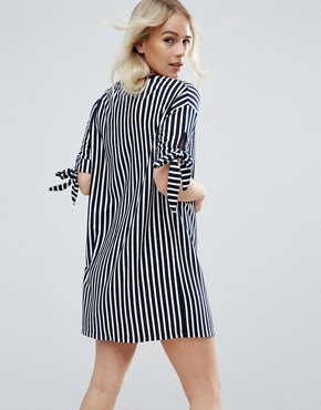 photo T-Shirt Dress in Stripe with Bow Sleeve by ASOS PETITE, color Navy/White - Image 2